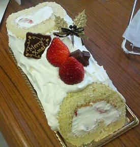 クリスマスケーキ米粉ロール